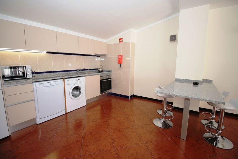 Apartamento com 2 quartos e piscina em Albufeira