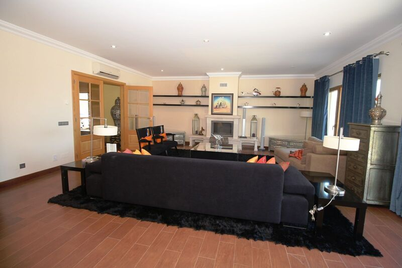 5 bedroom House with swimming pool in Albufeira