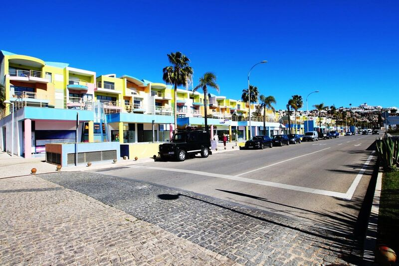 8440m2-22m2-Commercial-area-for-sale-in-Albufeira-Algarve