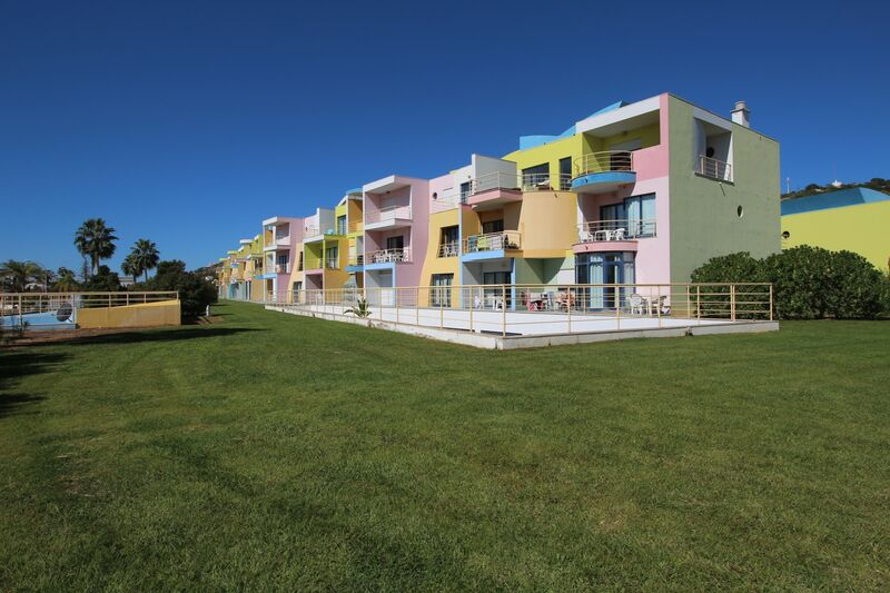1-bedroom9120m2-74m2-Apartment-with-swimming-pool-for-sale-in-Albufeira-Algarve