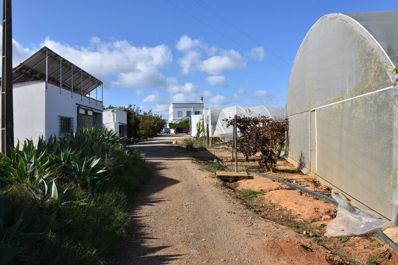 3 bedroom46 440 m²  Land plot in Olhão