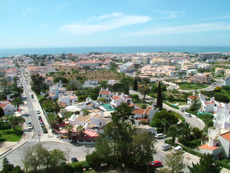 700 m²  Land plot with swimming pool in Albufeira