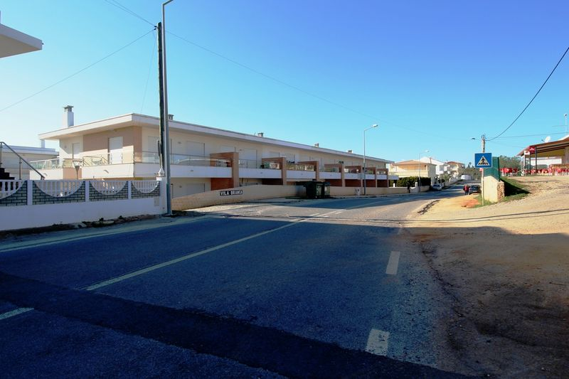3-bedroom14025m2-125m2-House-with-swimming-pool-for-sale-in-Albufeira-Algarve