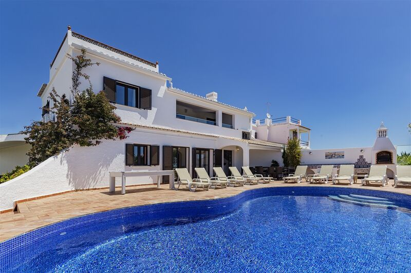 6-bedroom102500m2-372m2-House-with-swimming-pool-for-sale-in-Albufeira-Algarve