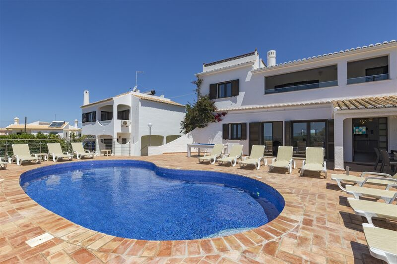 6 bedroom House with swimming pool in Albufeira