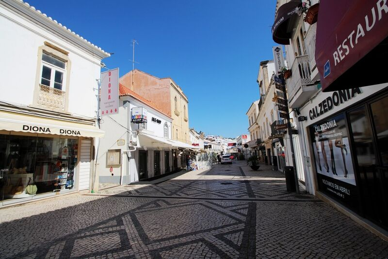 3-bedroom-203m2-Apartment-for-sale-in-Albufeira-Algarve