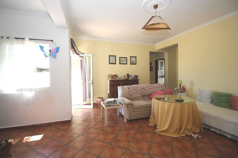 2 bedroom House with swimming pool in Silves
