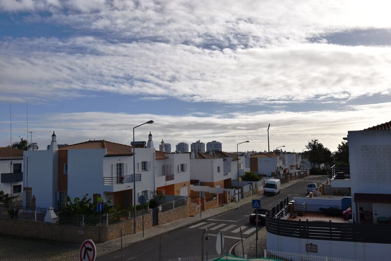 3-bedroom-163m2-House-with-swimming-pool-for-sale-in-Albufeira-Algarve