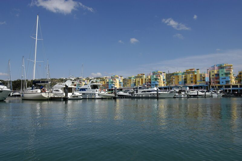 2-bedroom21960m2-89m2-Apartment-with-swimming-pool-for-sale-in-Albufeira-Algarve