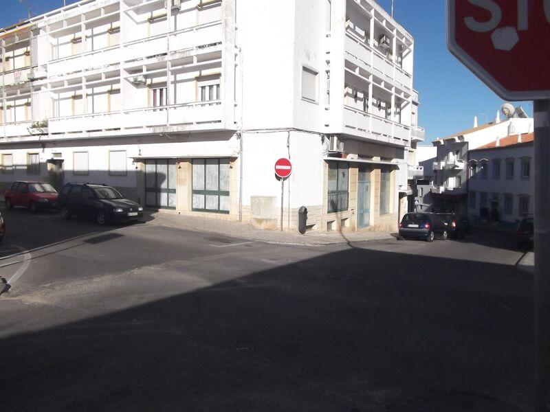 Comercio com 164 m² à venda em Albufeira, Algarve