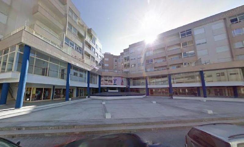 Loja Margaride - Felgueiras - bons acessos, montra