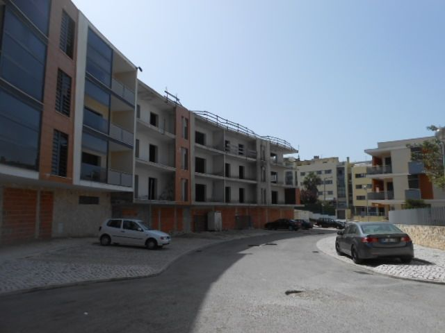 Lote Misto para construção Palmela - garagem, bons acessos