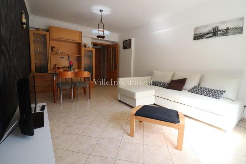 Apartamento T2 Albufeira - cozinha equipada, ar condicionado, equipado, varanda, 4º andar, lugar de garagem