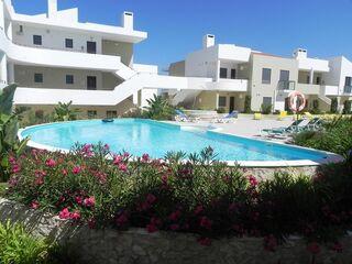 Apartamento T1 Moderno Alvor - Dourada Portimão - lugar de garagem, ar condicionado, terraço, arrecadação, condomínio fechado, bbq, piscina