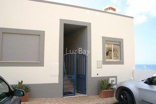 Apartamento no centro T2 Salema Budens Vila do Bispo - cozinha equipada, mobilado, arrecadação