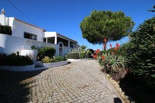 Moradia V4+1 Lagos São Sebastião - mobilado, piscina, jardim, zona calma, terraço, lareira, cozinha equipada