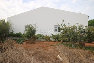 Armazém Industrial com 130m2 Vila do Bispo