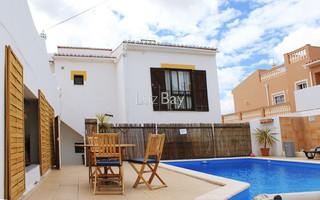 Moradia perto da praia Lagos Santa Maria - bbq, ar condicionado, terraços, piscina