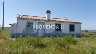 Farm 2 bedrooms Rogil Aljezur - water, electricity, mains water