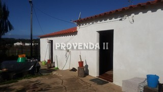Farm to recover 4 bedrooms Aljezur - water, electricity
