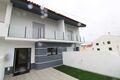 Moradia V4 nova Ericeira Mafra à venda - ar condicionado, painéis solares, cozinha equipada, sótão, varanda